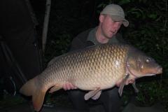 166kg2