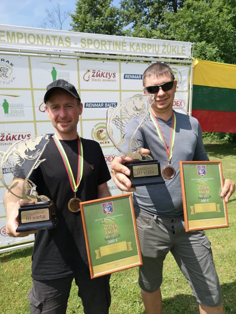 Simonas Gudonis ir Darius Savickas